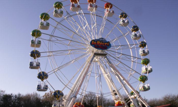 La grande roue © la récré des 3 curés