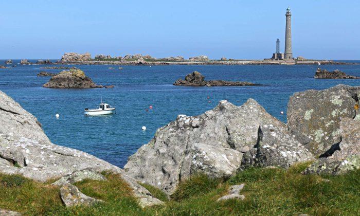 Vue sur le phare de l'île Vierge à Plouguerneau ©TORSET-Pierre
