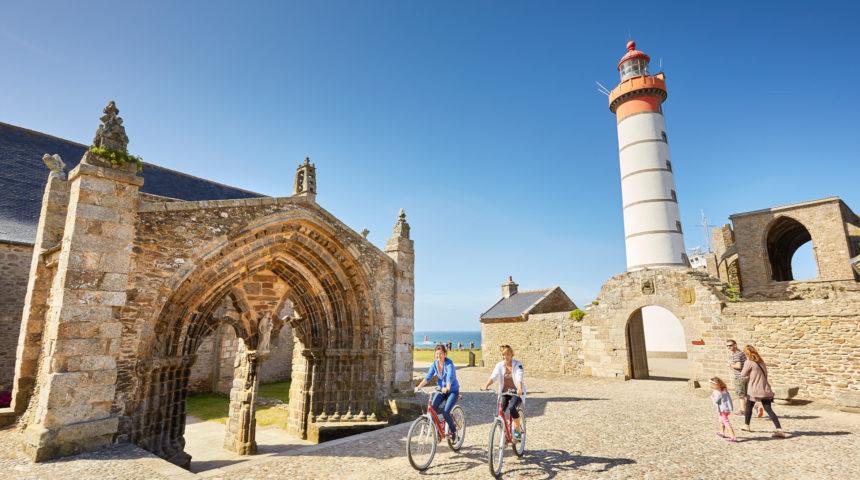 Balade en vélo a la pointe de Saint-Mathieu