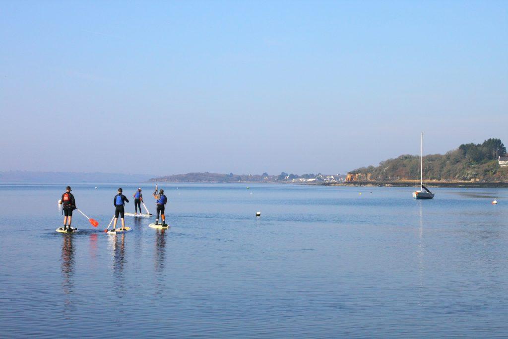 Sortie paddle avec le centre nautique de Rostiviec à Loperhet ©TORSET Pierre